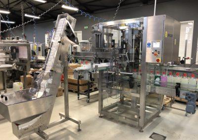 Unilogo Robotics - Z6 capping machine - 1