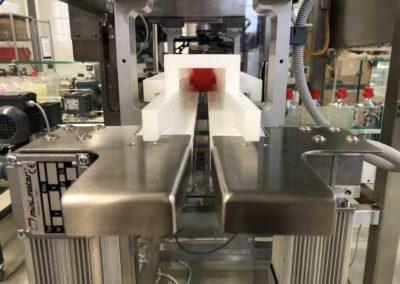 Unilogo Robotics - Z6 capping machine - 5