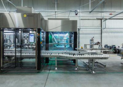Unilogo Robotics - Futureproof 60 - cap sorter and capping unit