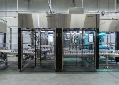 Unilogo Robotics - Futureproof 60 - filling and capping unit