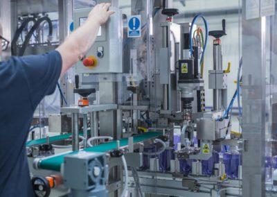 Unilogo Robotics - capping machine - 2